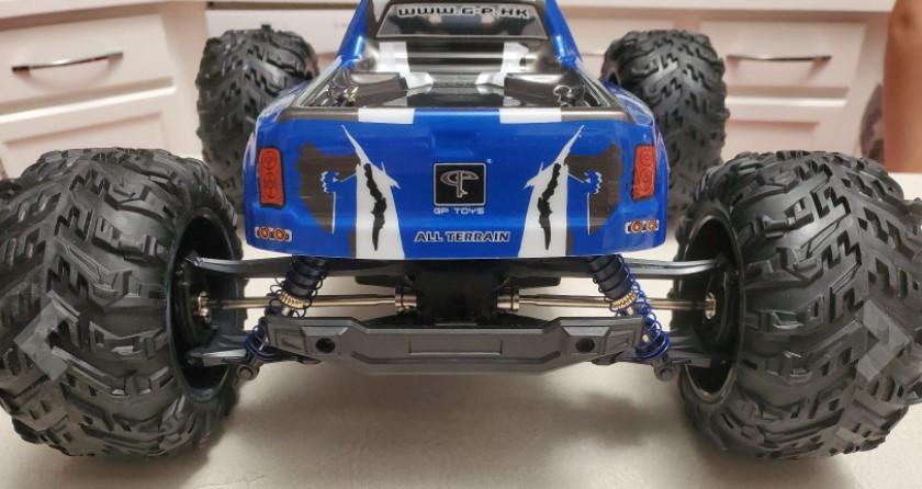 Soyee 1:10 R/C Snowmobile
